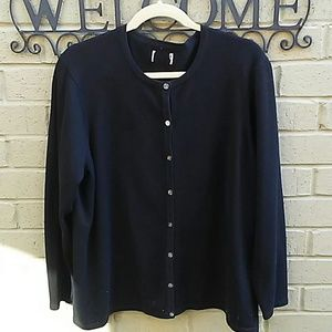 Sweaters - NICE Sweater👕